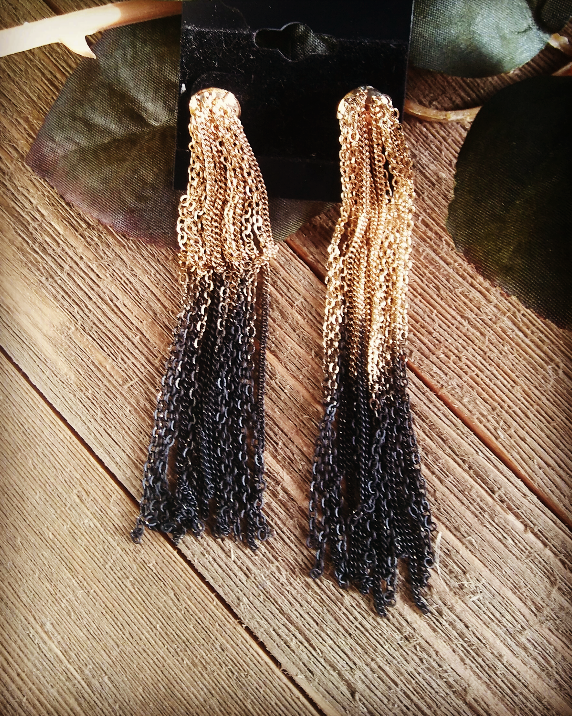 FASHION GOLD & BLACK EARRINGS