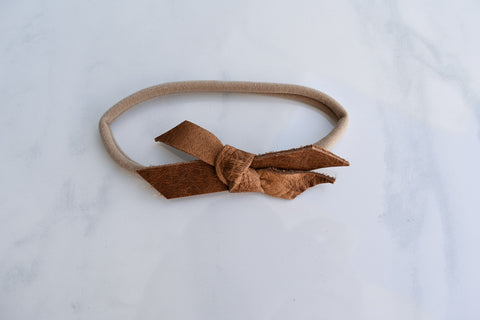 NATURAL | mini Madeline bow