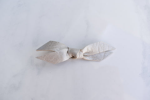 PLATINUM | mini Madeline bow