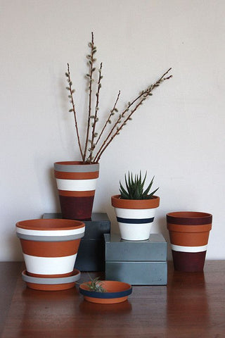 interior, plant pot, terracotta, stripes