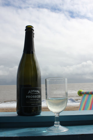 southwold, beach hut, seaside, seaside theme, seaside decor, copper, blue, white, adnams, adnams prosecco, prosecco, sea