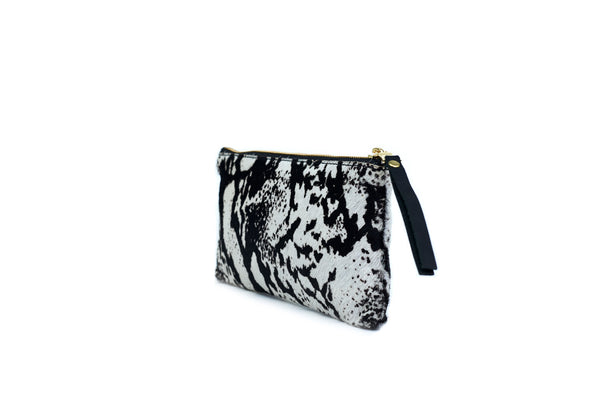 Hide Pouch, In Zebra