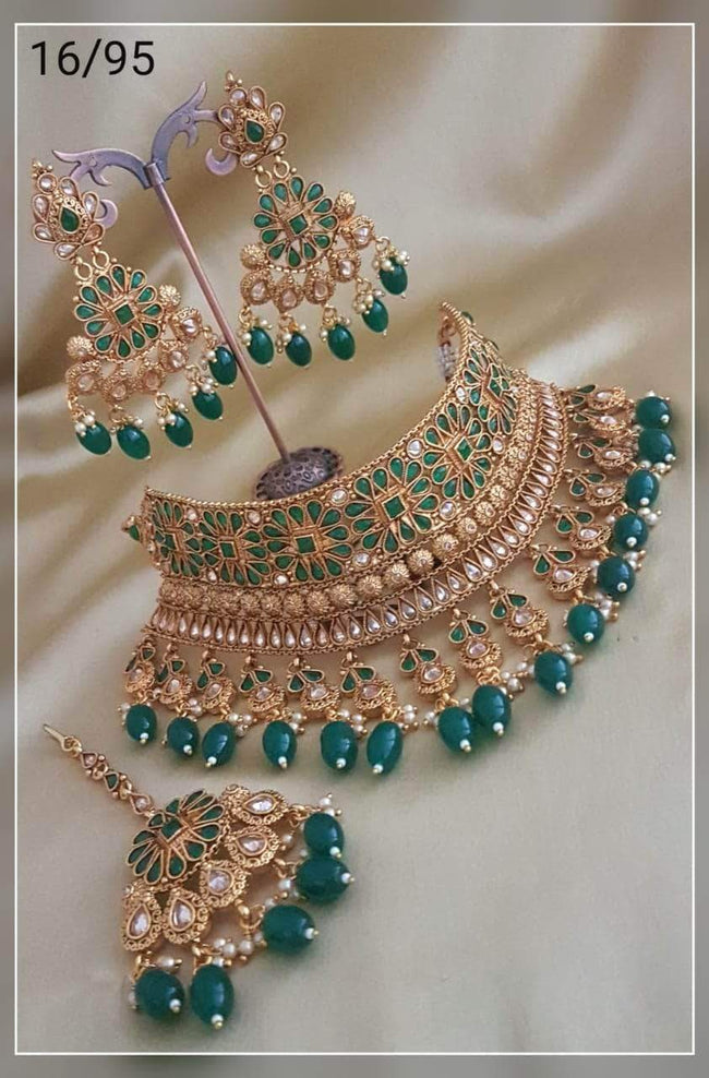 Beautiful Bridal Choker Set in Green - Jewelry - FashionVibes