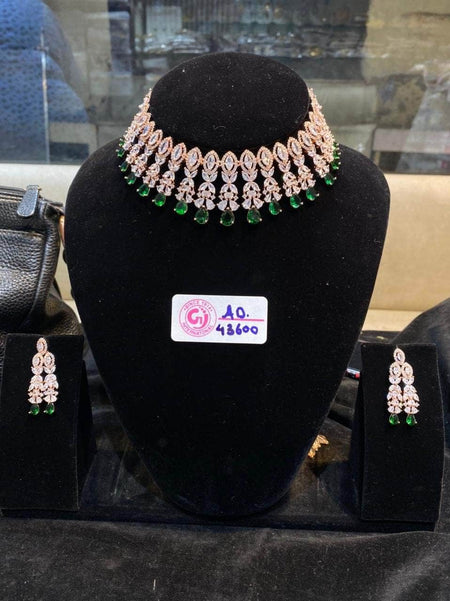 High quality Kundan Jewlery Set