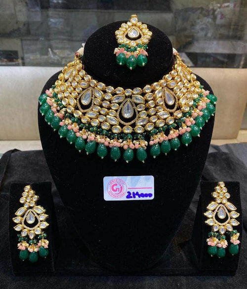 Beautiful High Quality Kundan Choker Necklace Set in - JEWELRY - FashionVibes