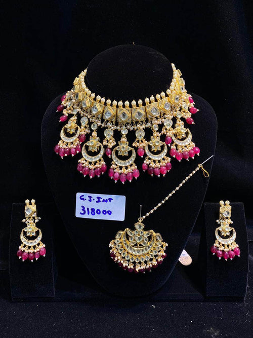 Beautiful High Quality Kundan Necklace Set in - Jewelry - FashionVibes