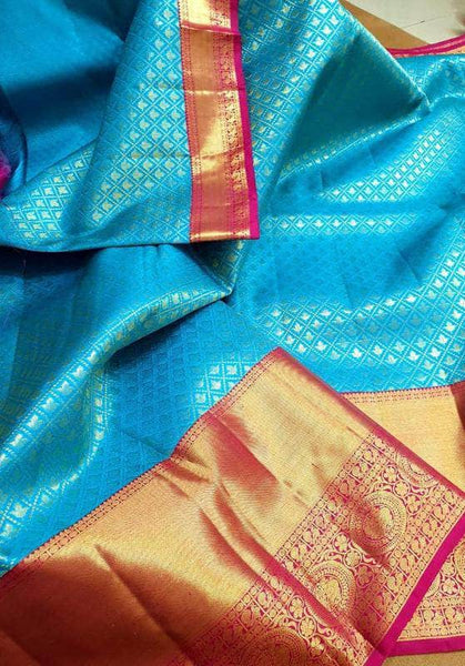 Beautiful Kanjivaram Authentic Silk Saree in - Saree - FashionVibes