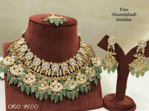 Beautiful Kundan Jewlery in - Jewelry - FashionVibes