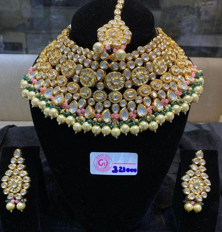 Kundan and Stone Jewlery set