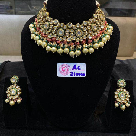 Kundan Necklace Set