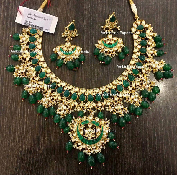 High quality Kundan Jewlery Set in Green - Jewelry - FashionVibes