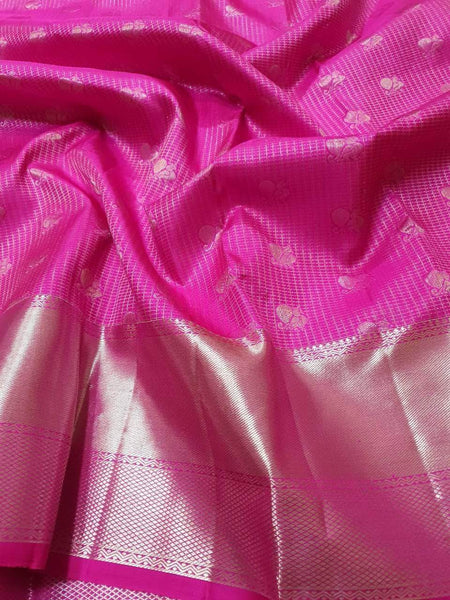 Kanjivaram Silk Saree in Magenta - Saree - FashionVibes