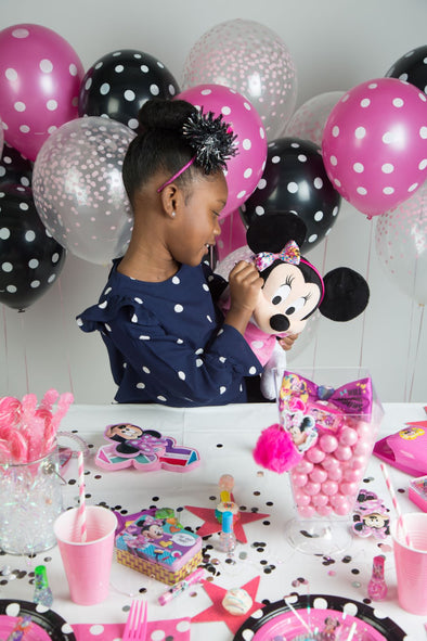 Minnie Mouse polka dot party