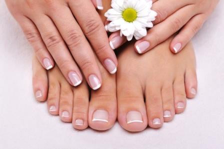Mommy and Me Mani-Pedis: Take These Tips With You to the Salon