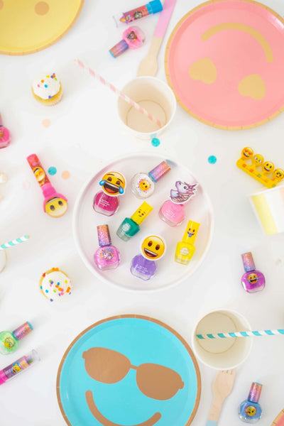 throw an emoji theme spa party