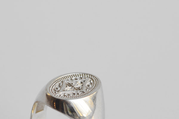 The Chevalier silver ring