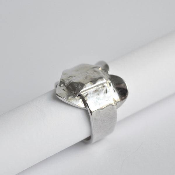 "The ""Lock my Heart"" silver ring"