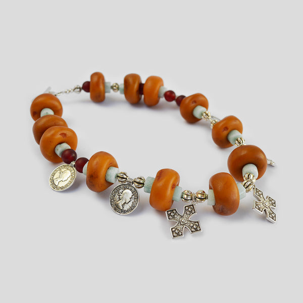 "The ""Nature's amber"" necklace"