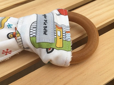 Retro Trailer Wooden Teething Ring