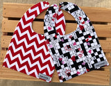 Find Love Bib Set