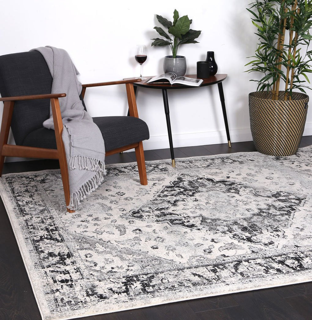 Delight Grey Traditional Rug