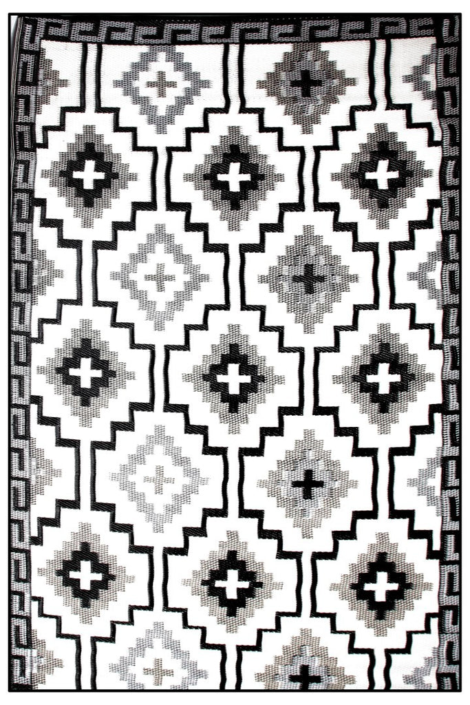 Fab Plastic Picnic Beach Mat Indoor Outdoor Rug Lhasa Black & Cream
