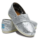 Toms Tiny Classic Canvas Slip-On Shoes (Silver Glitter)
