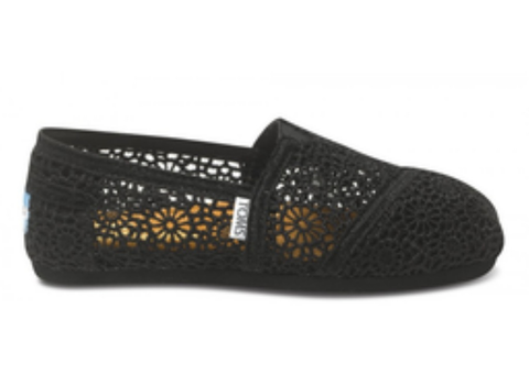 Toms Women's Crochet Classic Slip-On Shoes (Black)