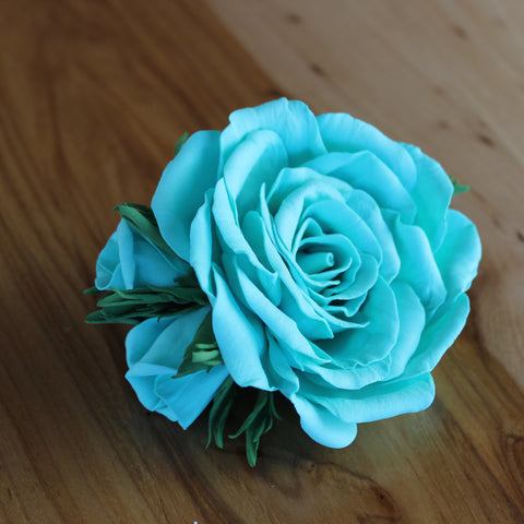 Blue rose alligator clip