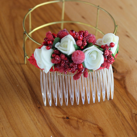 Red white flower comb