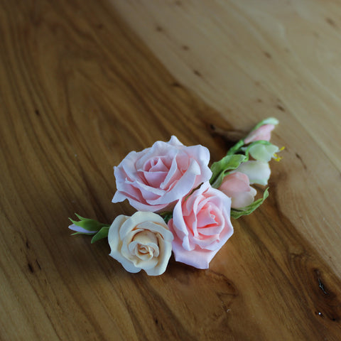 Roses and lilian floral hair sprig