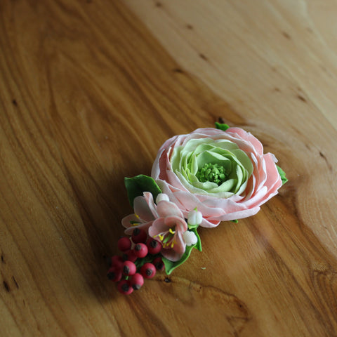 Florence flowers and red berries bobby pin