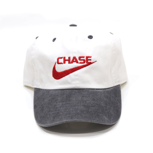 Chase a check Cap in White/Black