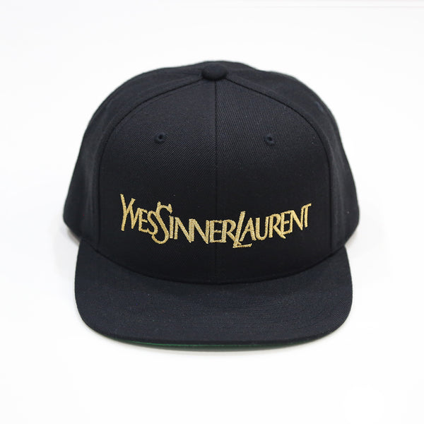 Sinner Snapback in Black