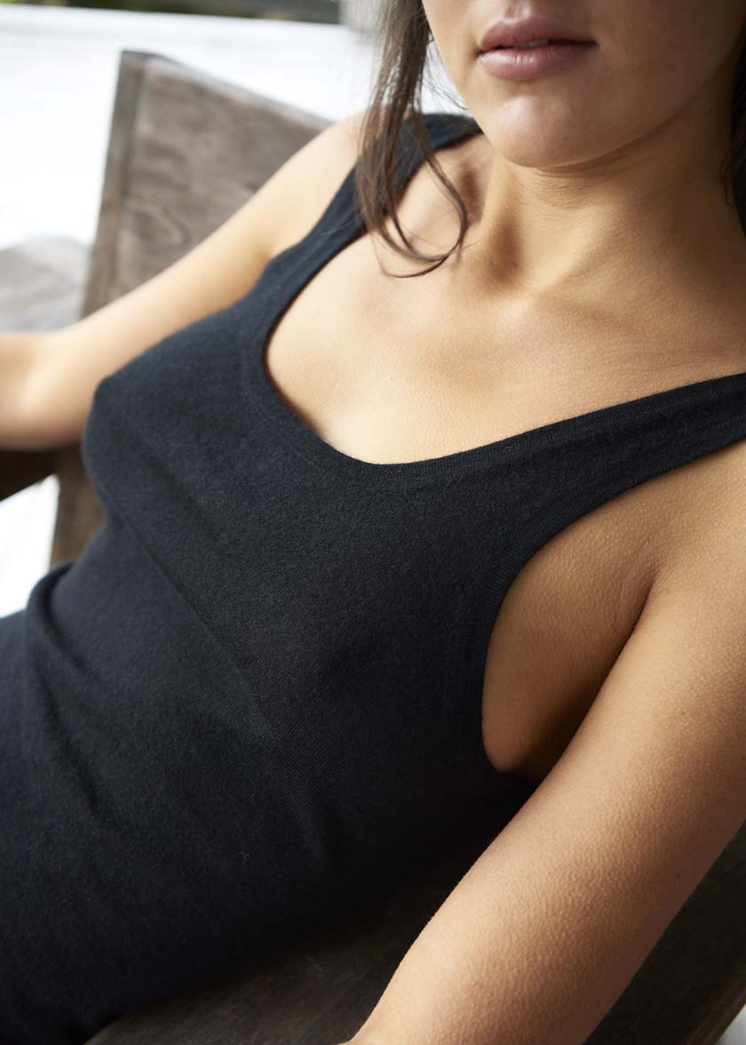 Cashmere Bush Singlet | Black