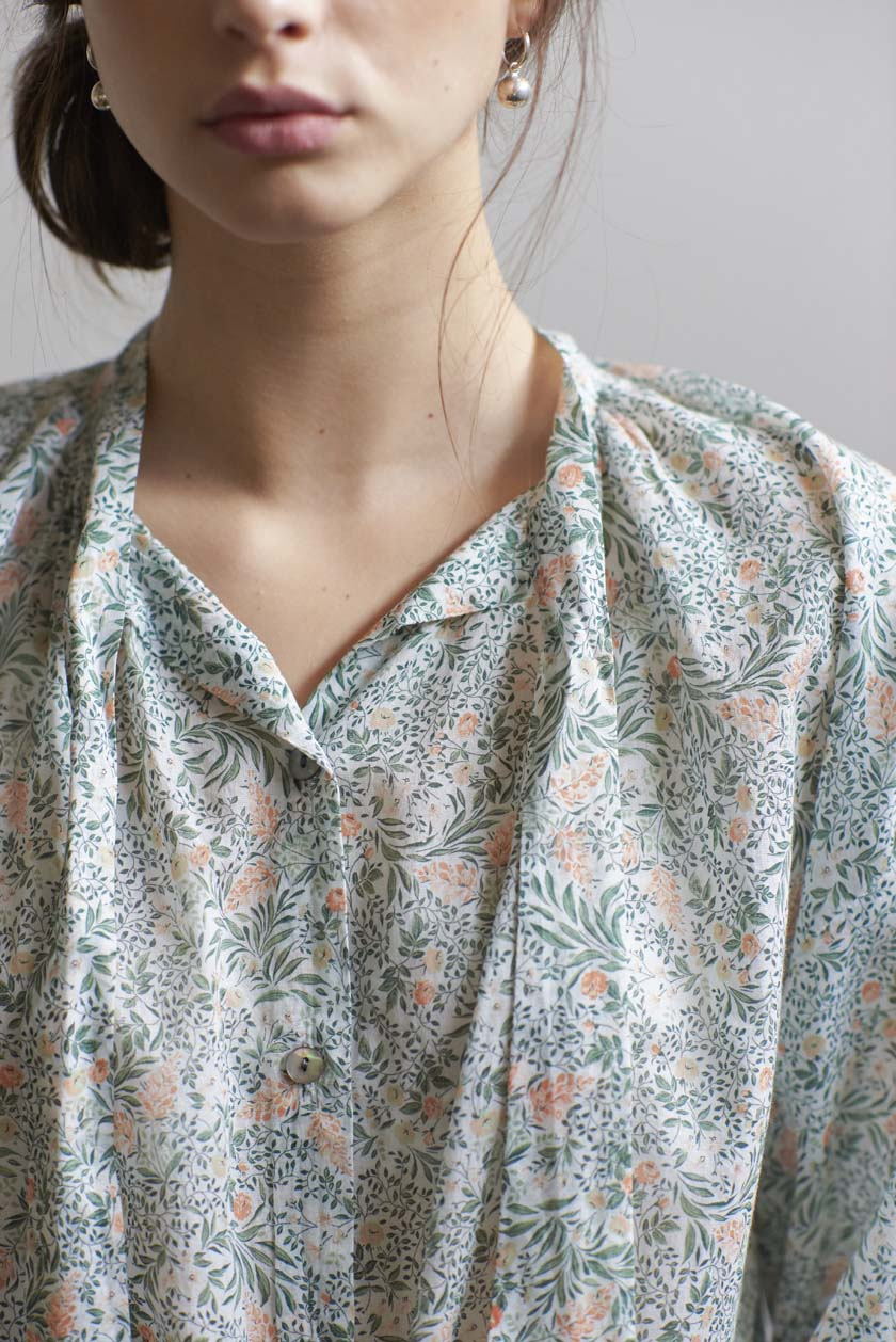 Don't Tie Me Down Blouse - Cotton Floral | Green