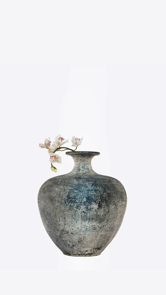 Cultural Collection_Amphora 2 - Ian Lyell Design Pots for Living Life