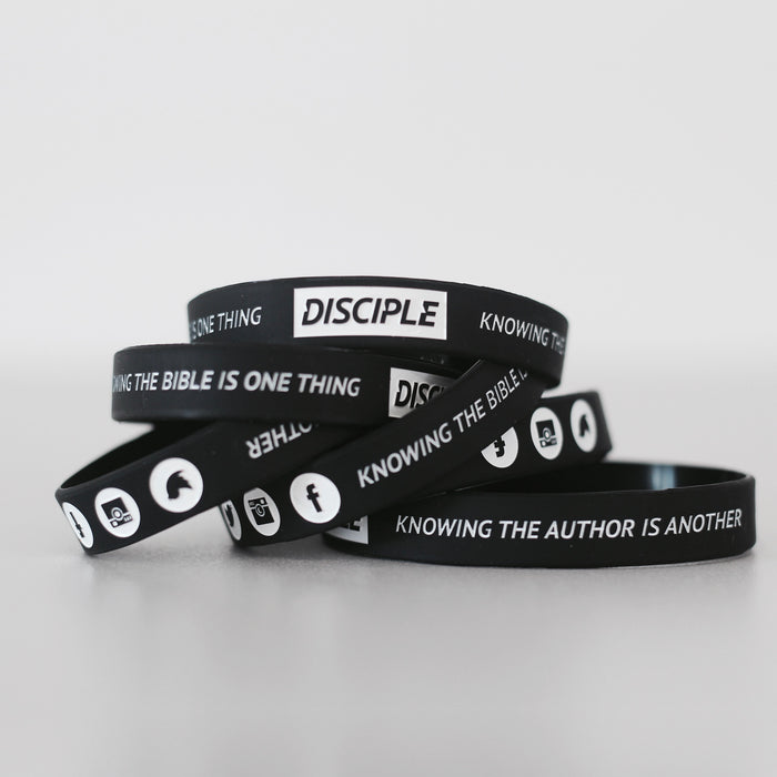 Black // Wristbands