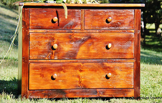 Beautiful little chest in pine - Springhouse Furnishings