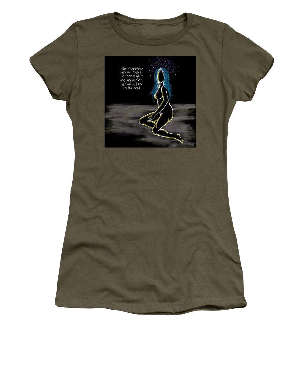 In Her Light - Women's T-Shirt