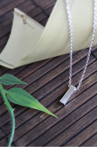 Vertical Bar Necklace (Silver)