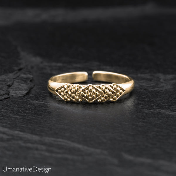 Tribal Brass Toe Ring