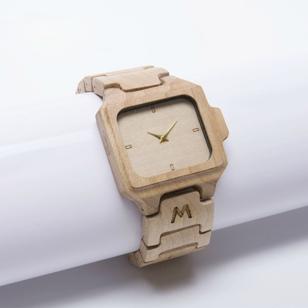 Flores Maple Wood Watch