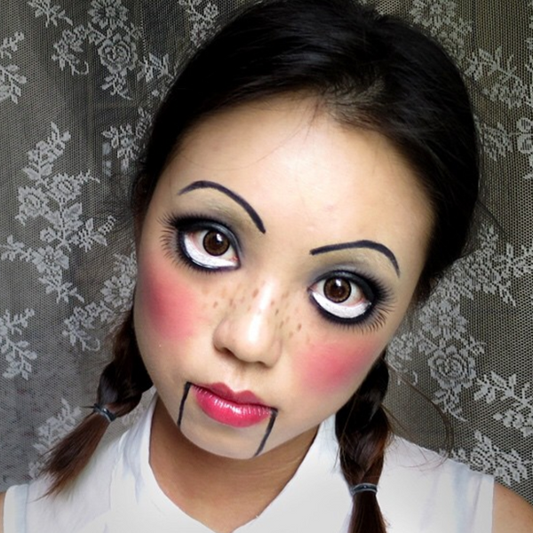 creepy-doll-makeup