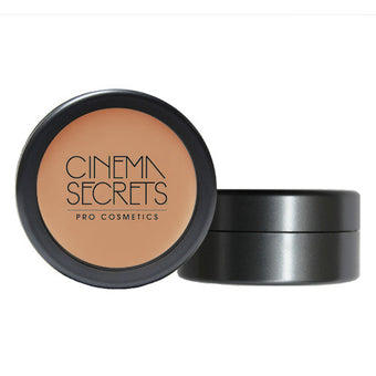 Cinema Secrets Ultimate Foundation 400 series