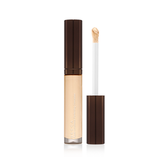 Becca Aqua Luminous Perfecting Concealer  | Camera Ready Cosmetics