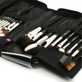 MustaeV - Black Brush Pouch  | Camera Ready Cosmetics