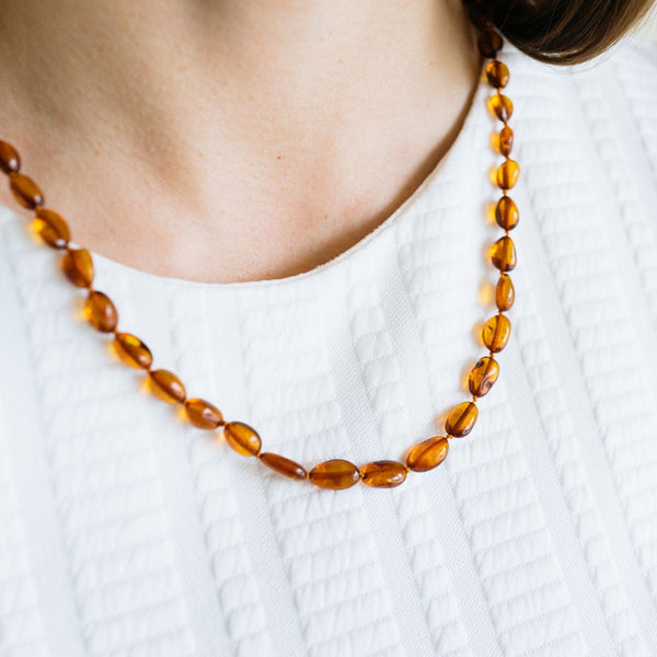 Mommy's Bonding Amber Necklace (Honey)