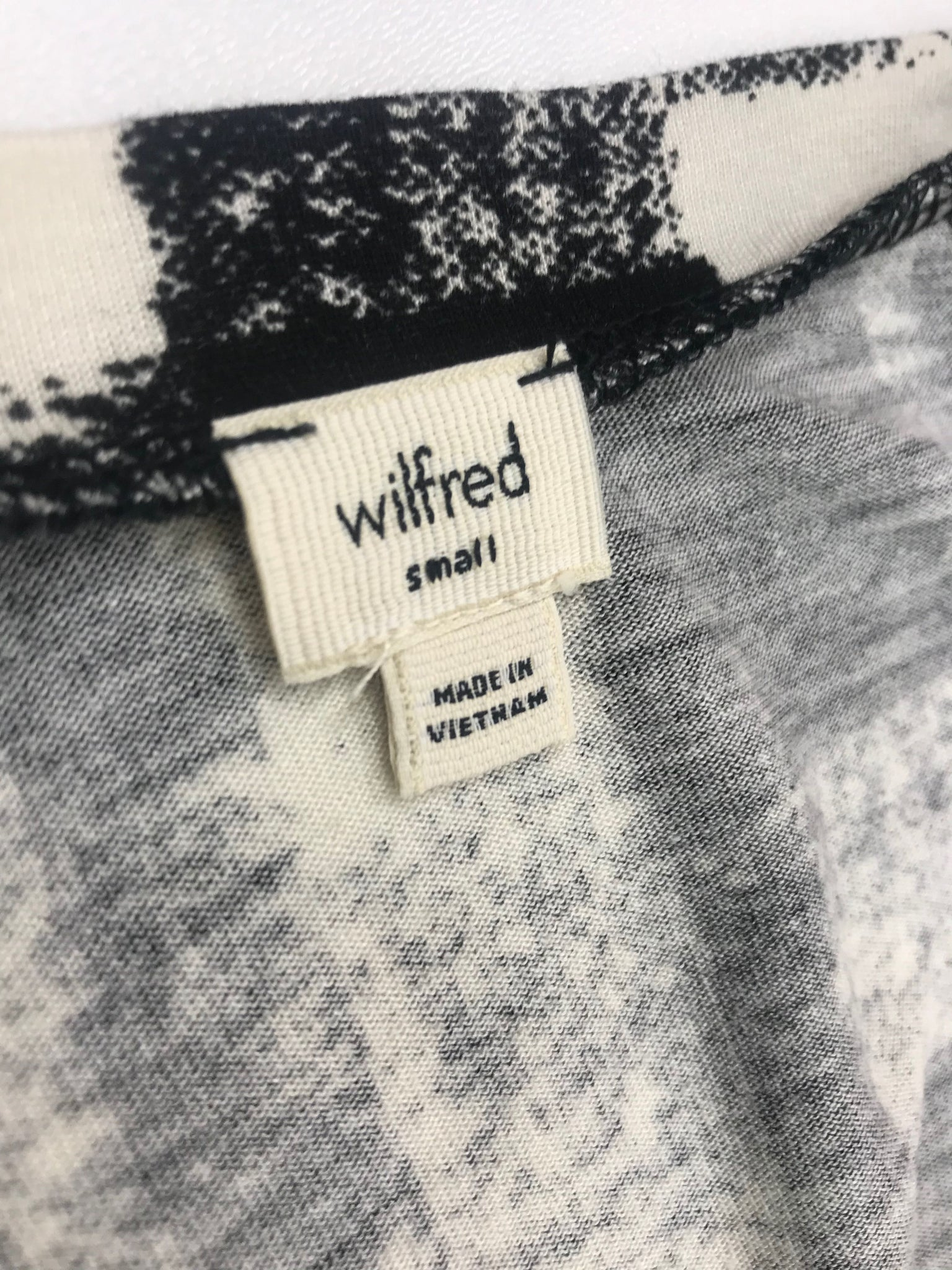 Wilfred Top Black and White
