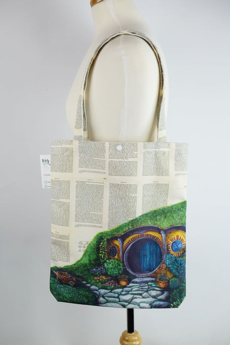 Tote Bag of Hobbiton from The Lord of the Rings